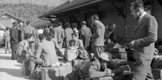 Dalla valigia di cartone al web: quando gli italiani migrano in Svizzera
