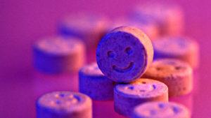 La smiley face tipica delle pasticche di ecstasy
