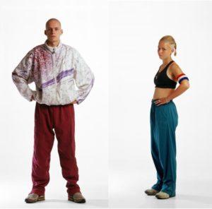 Il look gabber: tute, bomber e scarpe da ginnastica