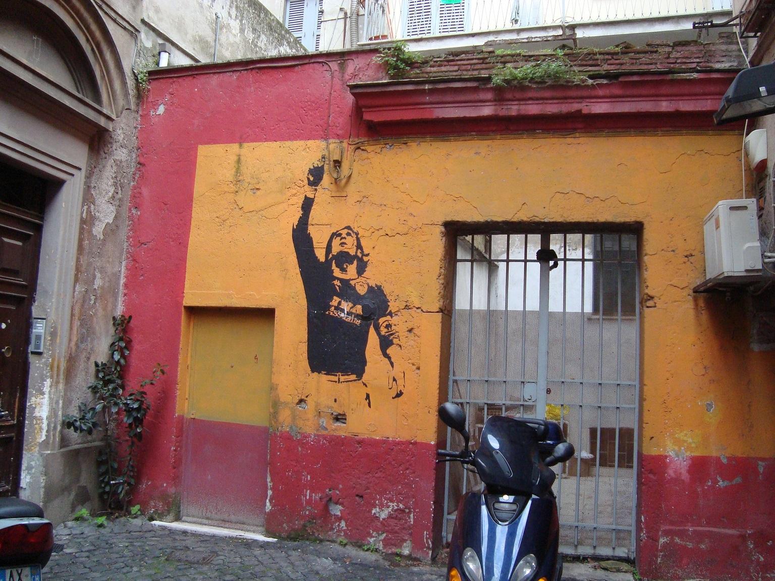 Murales dedicato a Totti realizzato in occasione dello scudetto del 2001