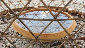 Il contenitore d'acqua alla base della struttura
