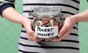 Scoppia lo scandalo dei pocket money