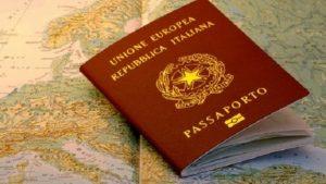 L'unica soluzione sembrerebbe essere quella di lasciare l'Italia