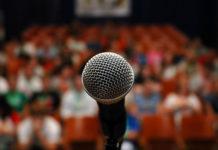 Come parlare in pubblico senza emozionarsi: stop all'ansia
