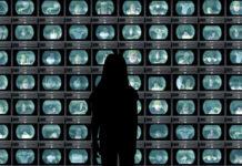 La fine della realtà nella società delle immagini: verso un mondo iperreale