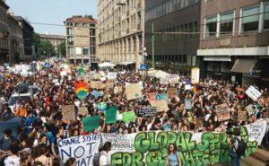 Grazie a Greta Thunberg, molti giovani hanno iniziato a farsi sentire