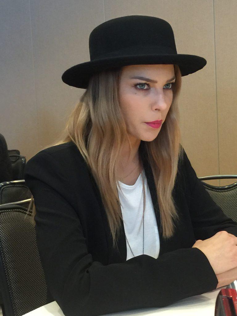L'attrice Lauren German, che impersona nella serie la detective Chloe Decker
