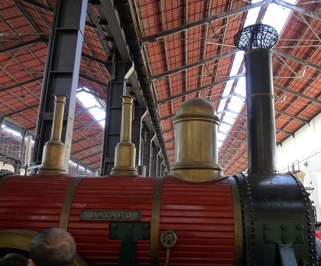 Museo di Pietrarsa, Napoli, la riproduzione fedele della Bayard, il treno inaugurale della prima tratta ferroviaria italiana Napoli Portici del 1839.