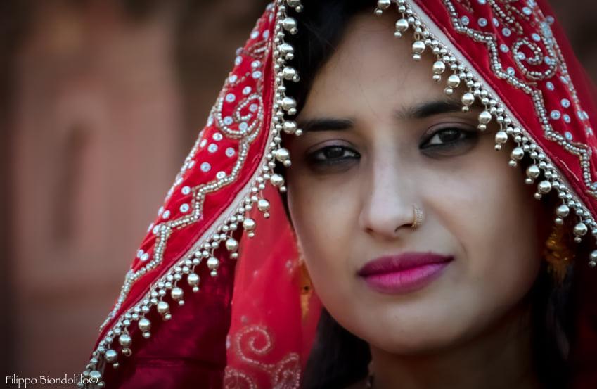 Ritratto di una ragazza indiana